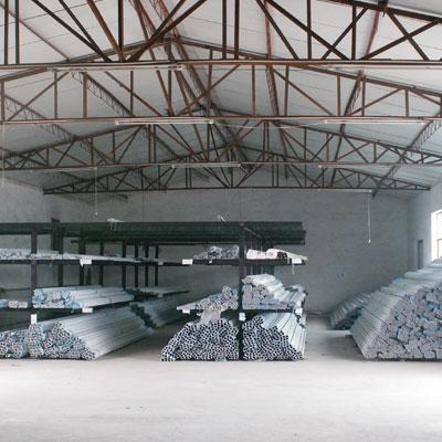 意美达亚博体育88app官网纱门型材码放区