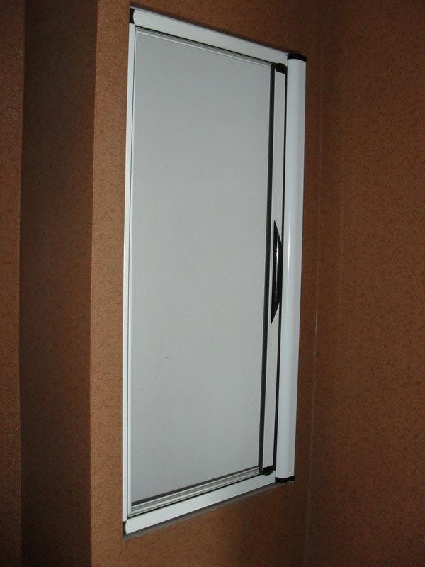 隱形紗門側面圖